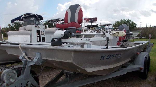 Genesis Boats 19