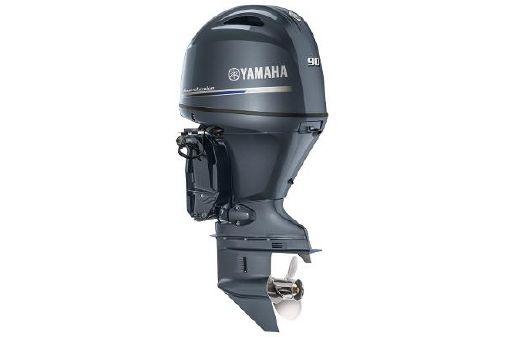 Yamaha Outboards F90 image