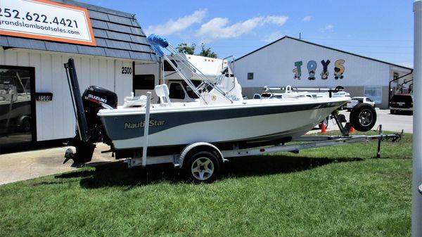 NauticStar 1800 Nautic Bay