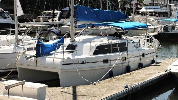 Endeavour Catamaran 30