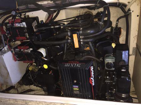 Rinker Fiesta Vee 266 image