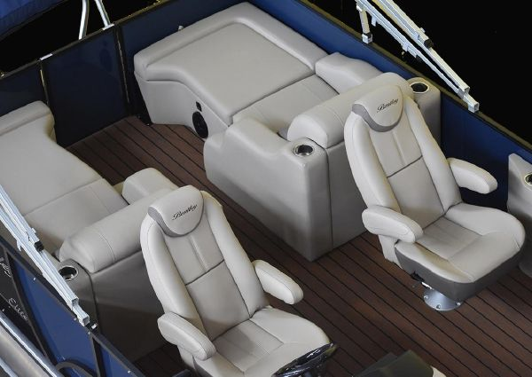 Bentley Pontoons 250 Elite Swingback Dual Captain image