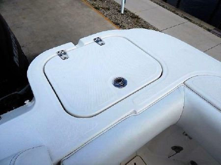 Boston Whaler 345 Conquest image