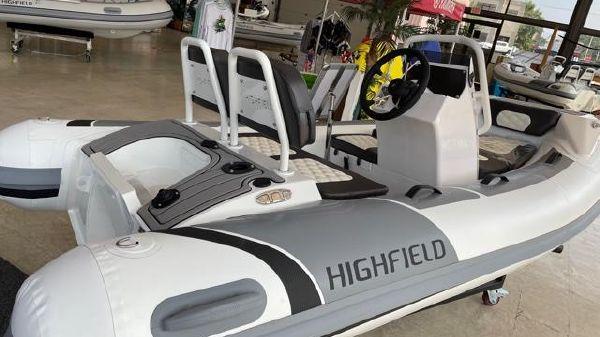 Highfield Sport 300