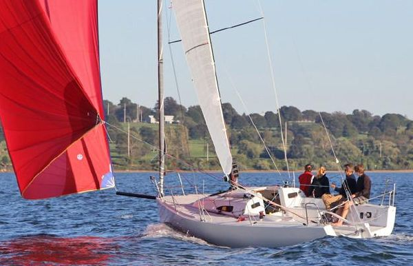 2021 J Boats J/88