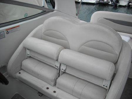 Chaparral 276 Signature Cruiser image