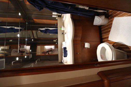 Hatteras 68 Convertible image