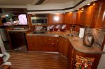 Cruisers Yachts 520 Sport Coupeimage