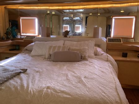 High Tech Yachts Euro image