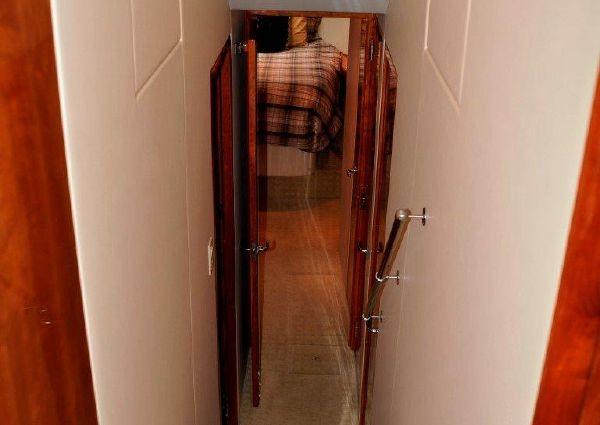 Hatteras 54 Convertible image