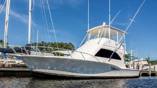 Albemarle 410 Convertible Profile