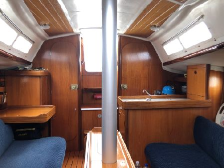Beneteau First 285 image