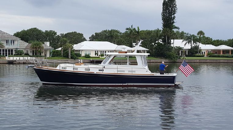 2003 Grand Banks Eastbay 43 HX