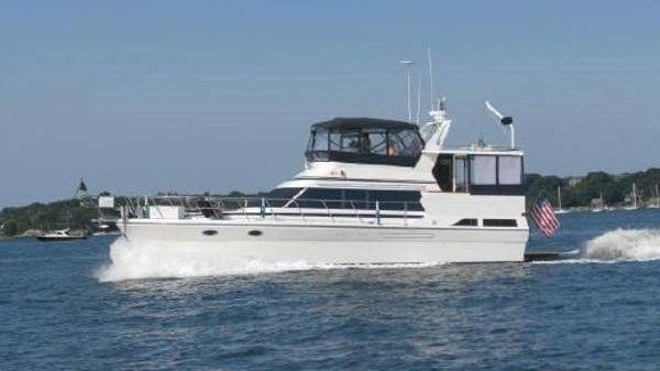 Nova Sundeck Motoryacht