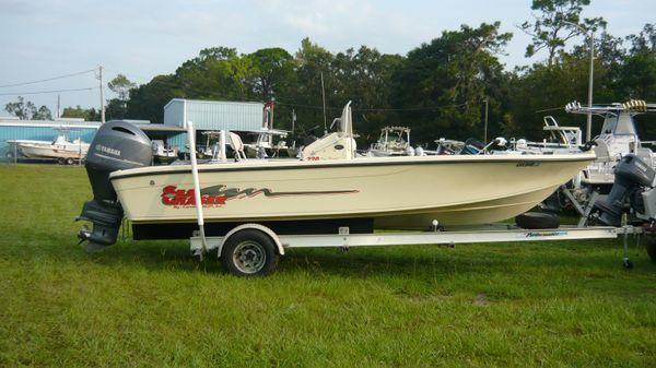 Sea Chaser 22 Bay