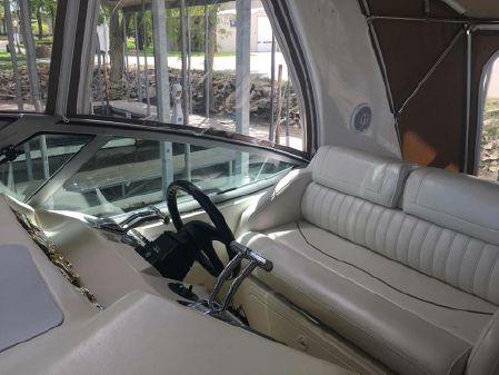 Cruisers Yachts 3672 Espirit image