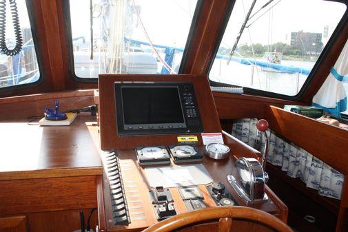 Nauticat 44 image