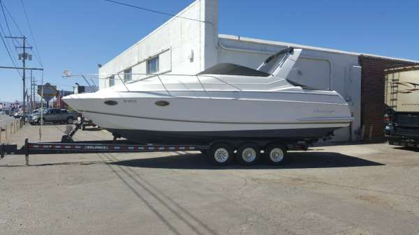 Chris-Craft Crowne 282