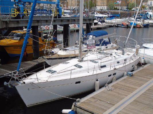 Beneteau Oceanis 411 - main image