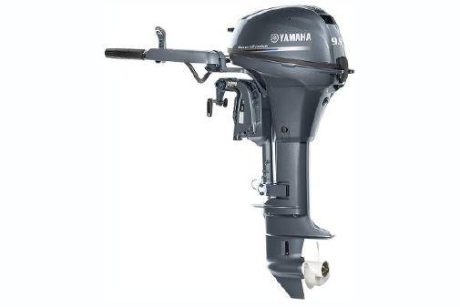Yamaha Outboards F9.9 image