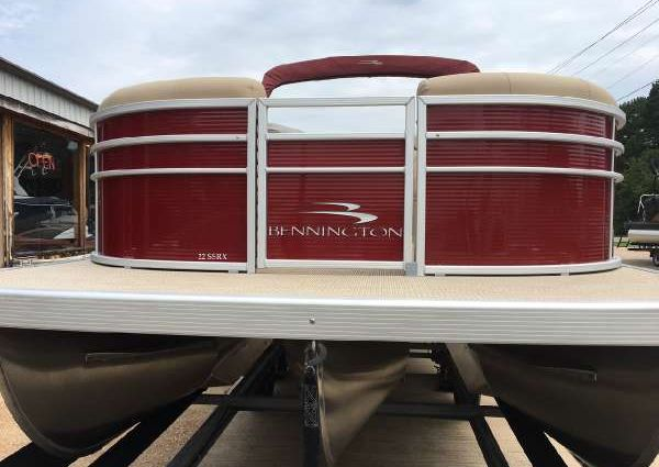 Bennington 22SSRX image