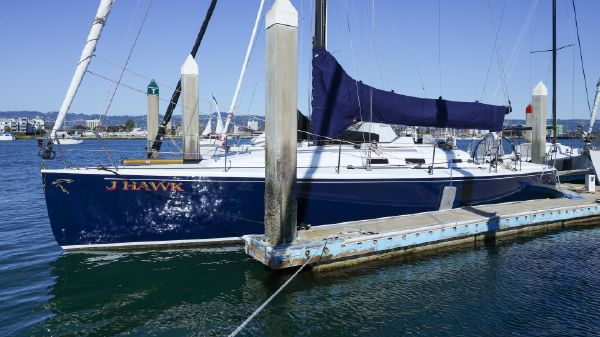 J Boats J/133