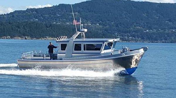 Strongback 34 Cruiser