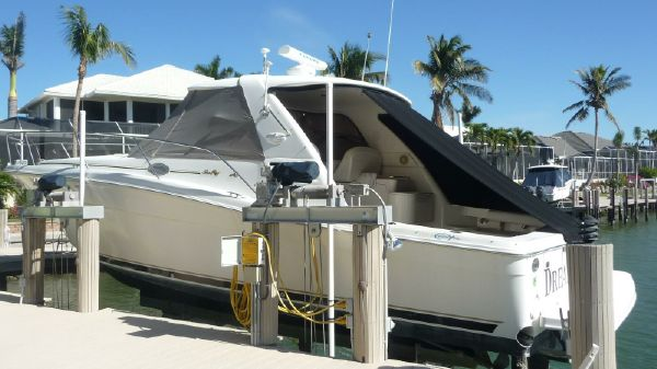 Sea Ray 37 EC