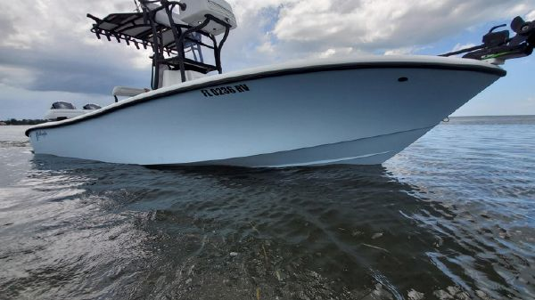Yellowfin 26 Hybrid