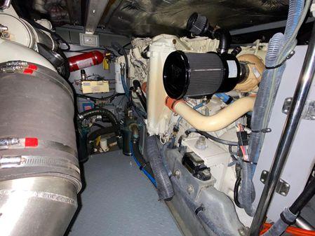 Sea Ray 400 Sedan Bridge image