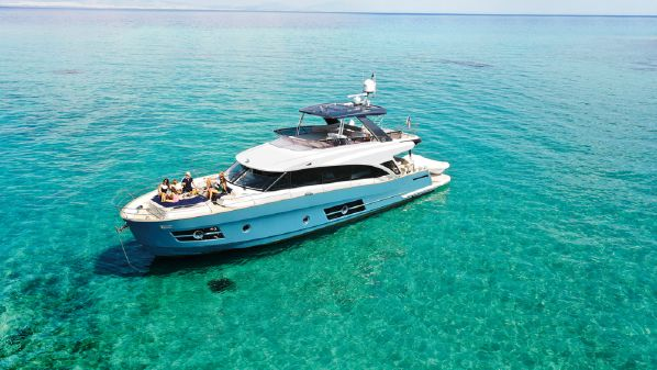 Greenline OceanClass 68 fly Hybrid image