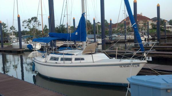 Catalina C27