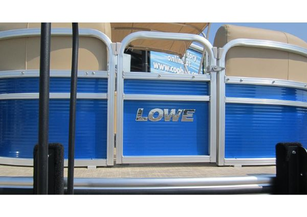 Lowe SS210 Walk-Thru image
