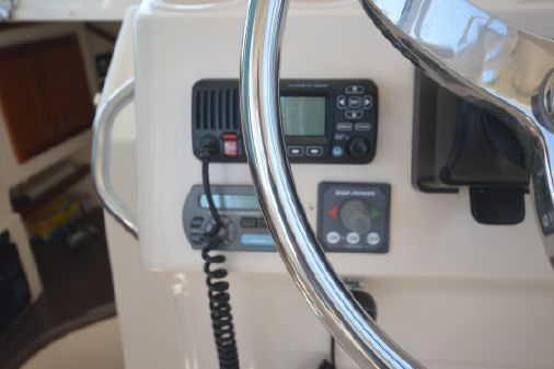 Grady-White 305 Express image