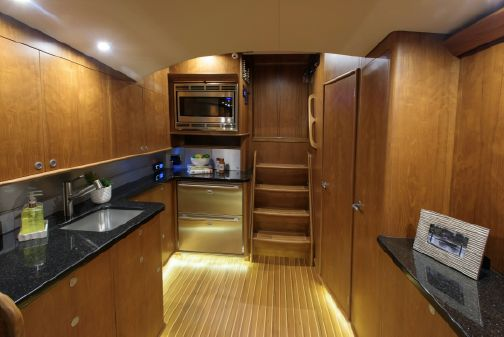 Jarrett Bay 46' Walkaround Express image