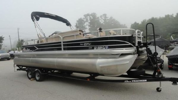 Tracker Sun Tracker Fishing Barge 24 XP3