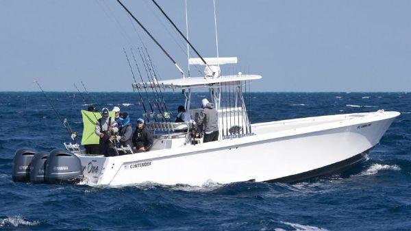 Contender 39 Tournament Starboard Side