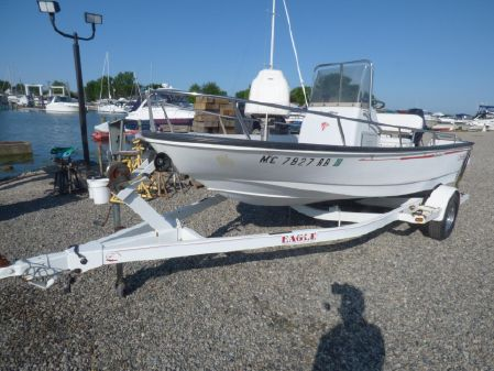 Boston Whaler Dauntless 15 image