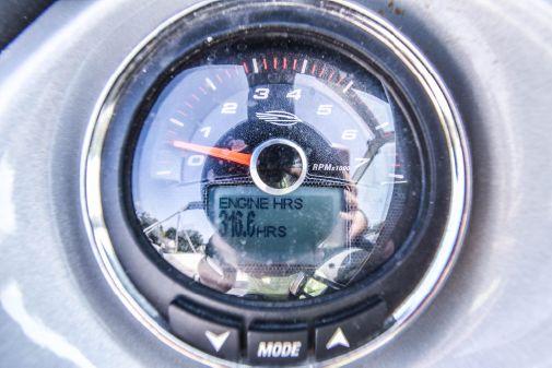 Chaparral Sunesta 224 Wide-Tech image