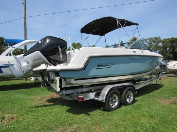 2019 Boston Whaler 230 Vantage Kilmarnock, Virginia
