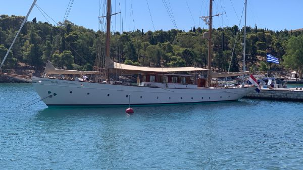 Feadship Classic Sailing Yacht