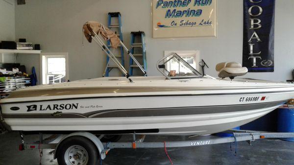 Larson SEi 180 Ski Fish I/O