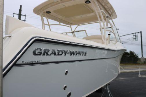 Grady-White Freedom 285 image