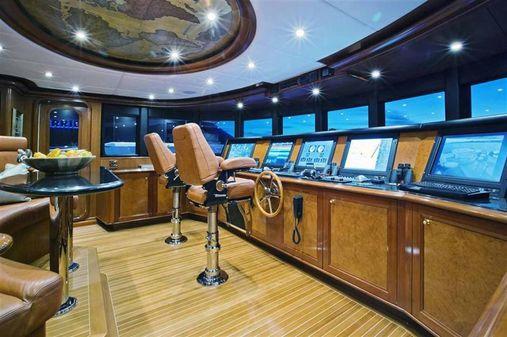 Trinity Yachts Trinity 142 Tri-Deck MY image