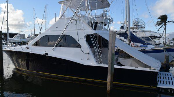 Cabo 47 Flybridge Sportfisher