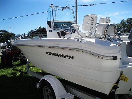 Triumph 195 CC image