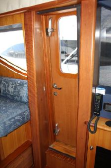 Queenship 72 Rayburn Queenship CPMY image