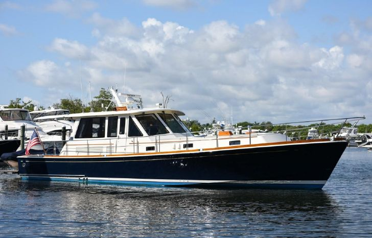 Grand Banks Yachts for Sale | Powerboat Brokerage RI, CT, MA