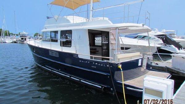 Beneteau Swift Trawler 44 Transom