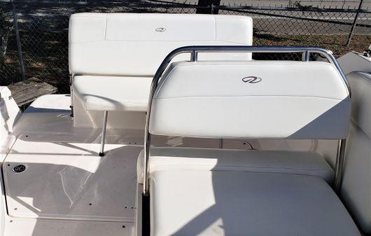 Regal 2565 Express Cruiser image